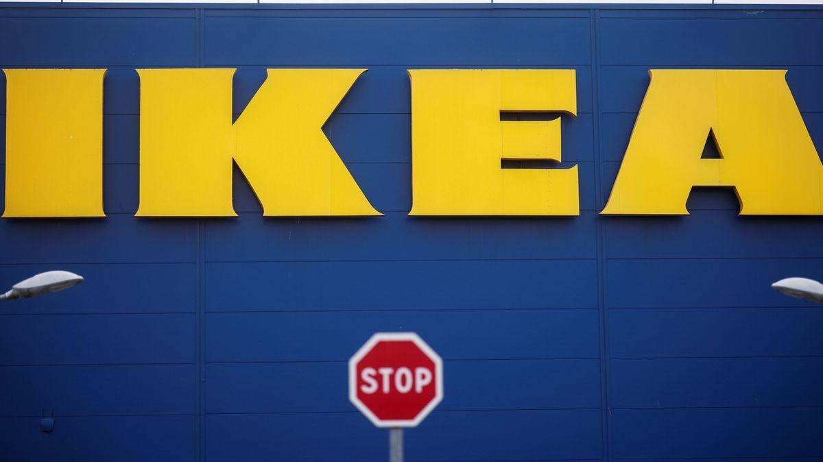 IKEA ve Francii zaplatí milion eur za špehování zaměstnanců