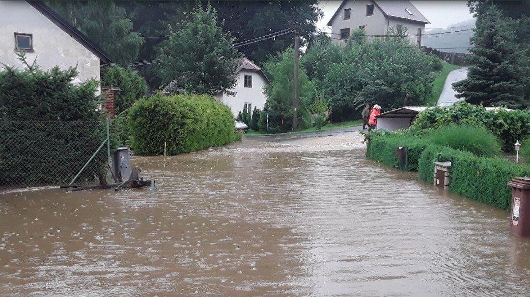 Bouřky zvedaly hladiny řek