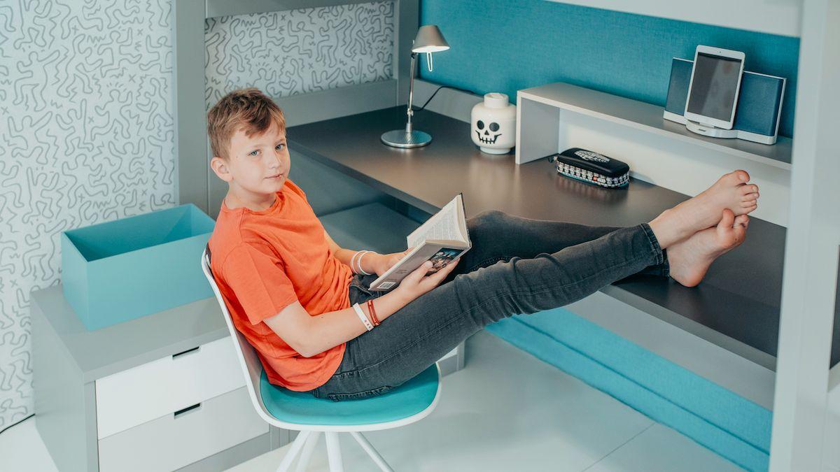 Školáci potřebují praktický nábytek