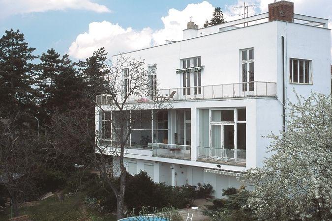 Vila s adresou: Kalvodova 8, čp. 108, Brno 1-Pisárky.