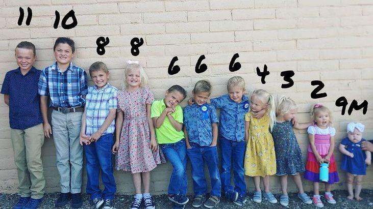 Všech jedenáct dětí Rogersových