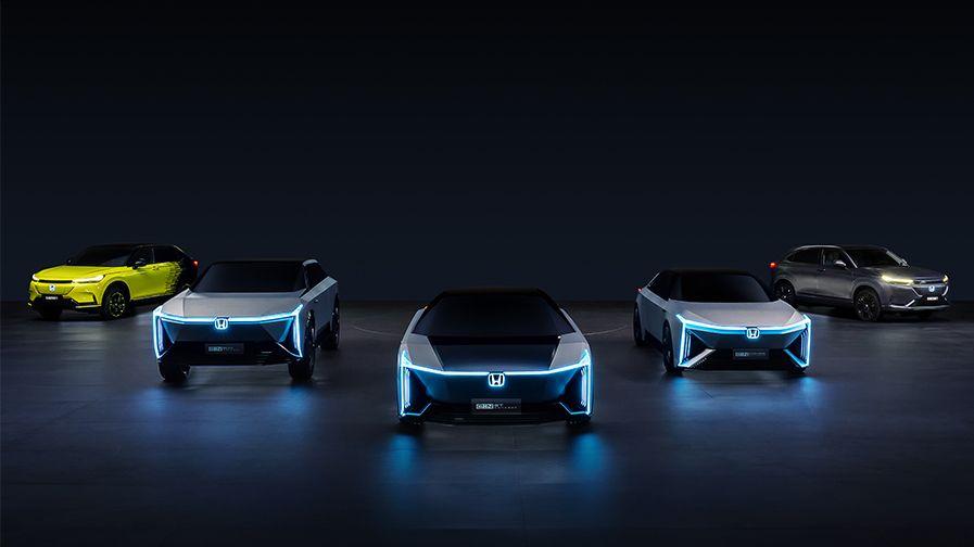 Budoucnost Hondy ukazuje elektrické HR-V a hranaté koncepty