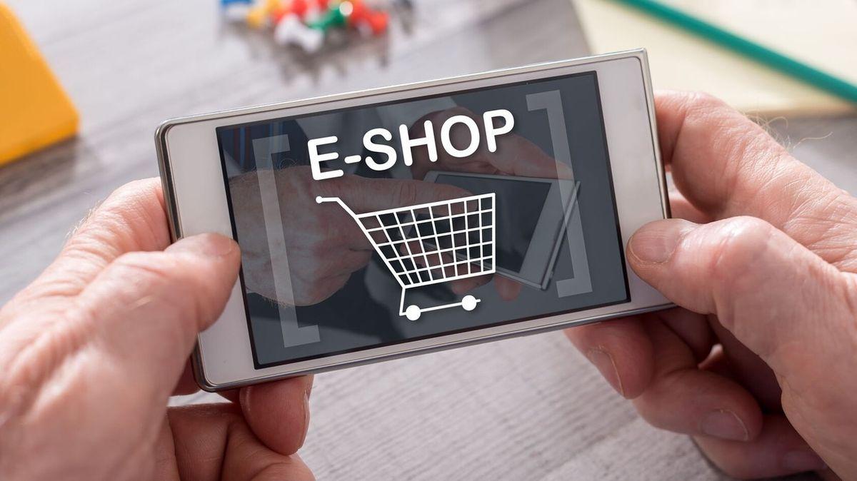 Téměř každého nakupujícího v e-shopech ovlivní uživatelské recenze