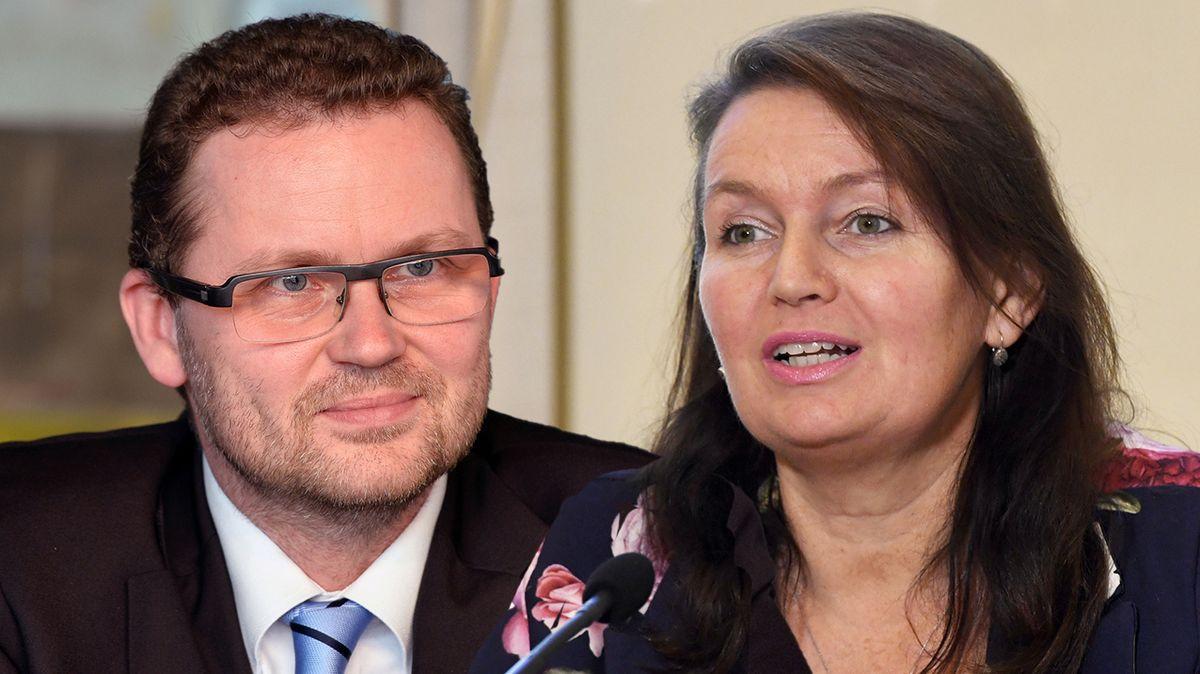 O funkci rektora Univerzity Karlovy usilují současná prorektorka a bývalý děkan FF UK