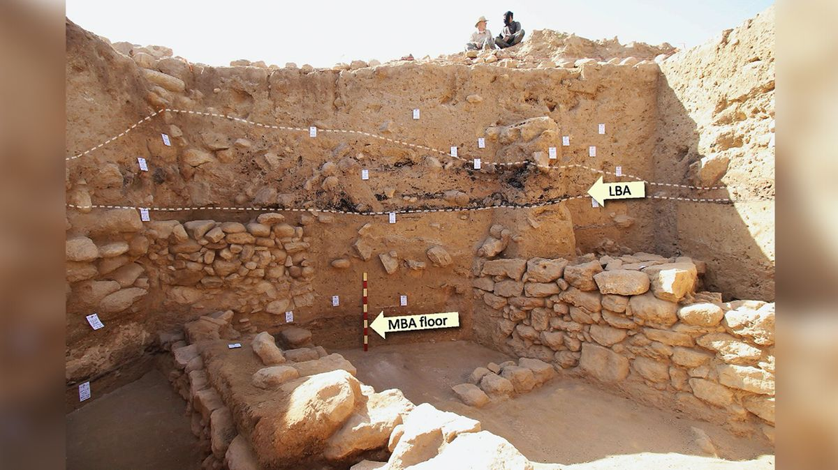Místo vykopávek v paláci