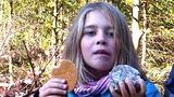 Druhou noc venku. Osmiletá Julia ztracená uČerchova se stále nenašla, pátrají po ní vrtulníky