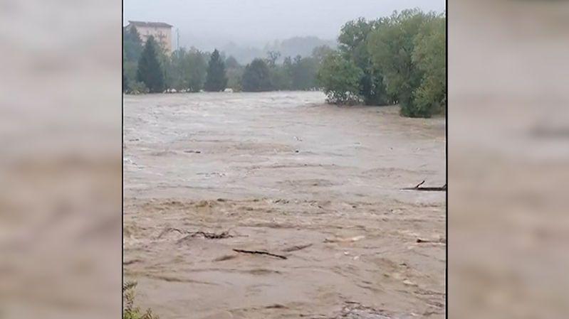 Povodně a sesuvy půdy. V Itálii napršelo za půl dne rekordních 740 milimetrů srážek