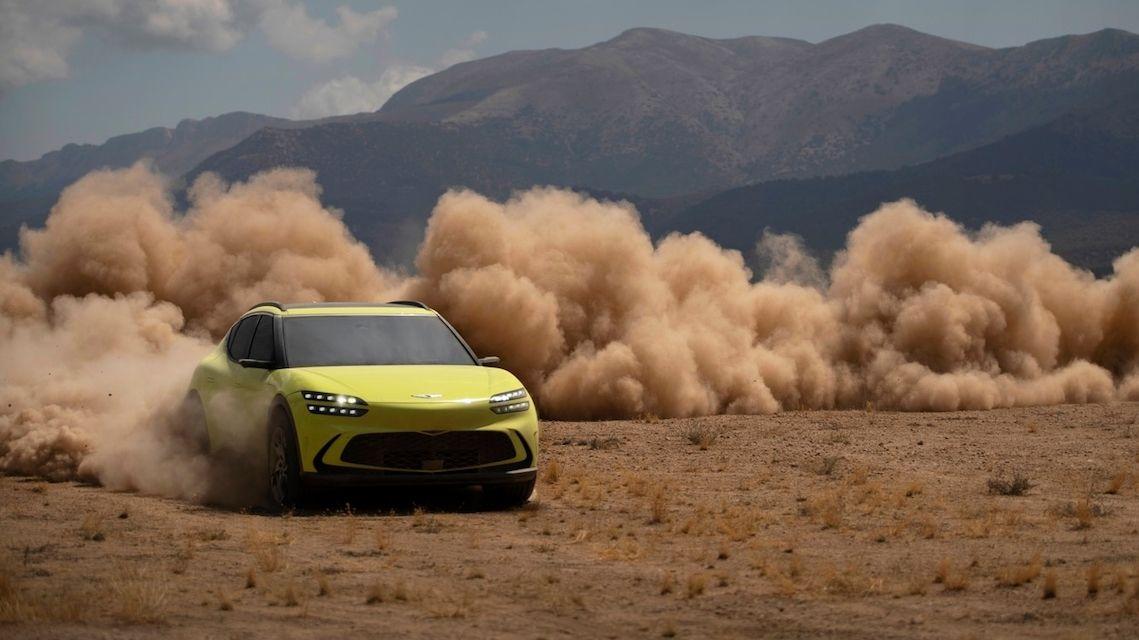 Genesis nadzvedl pokličku elektromobilu GV60, bude mít i driftovací režim