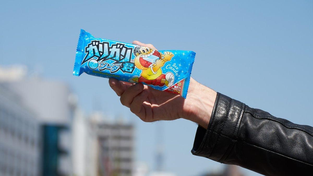 Japonec falšoval dřívka od nanuků, aby získal Pokémony. Skončil v rukou policie