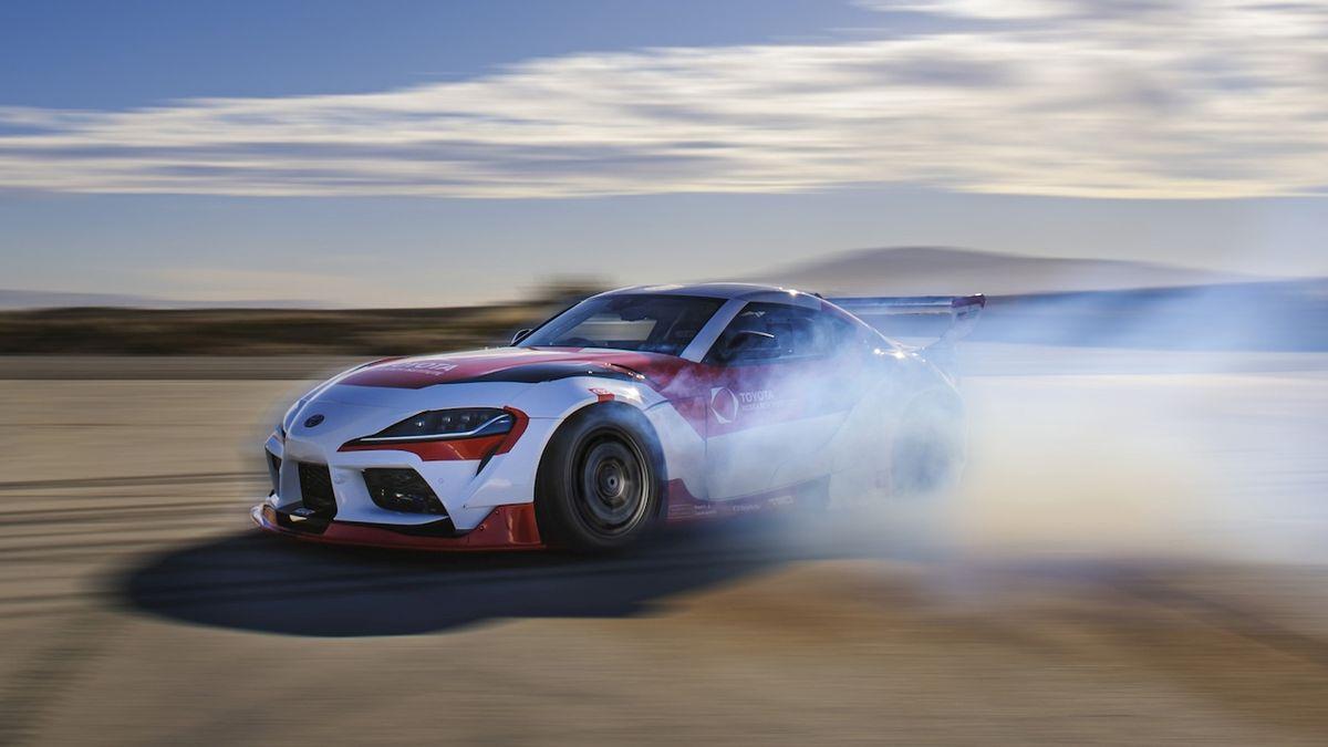Samořízená Toyota Supra umí driftovat, má pomoci vývoji bezpečnostních technologií