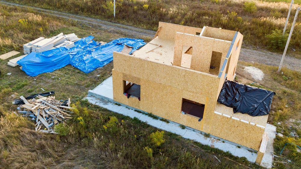 Montované domy letí, lidé ušetří statisíce