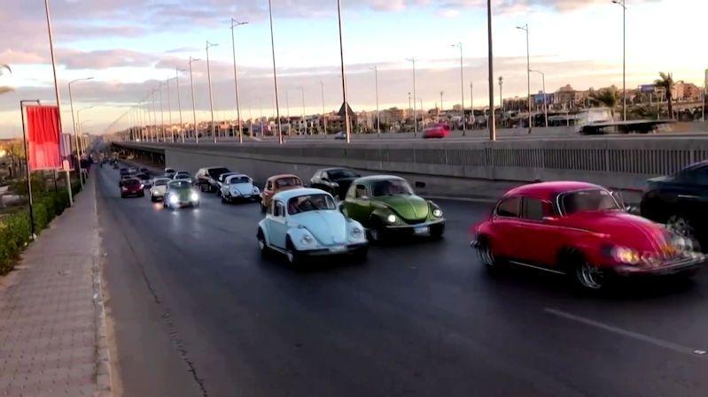 Káhira pod nájezdem brouků. Původní volkswageny měly spanilou jízdu