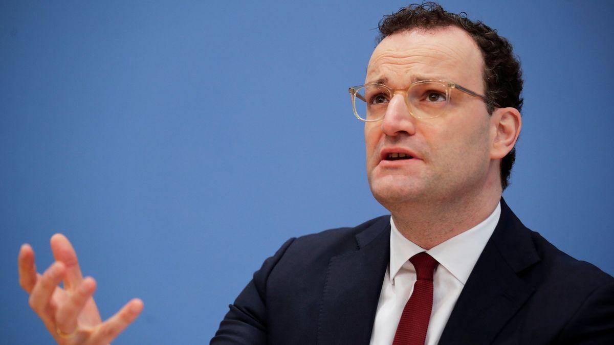 Potřebujeme lockdown, bez něj třetí vlnu nezvládneme, tvrdí německý ministr