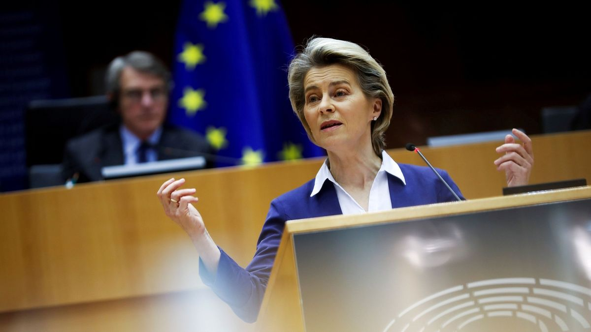 EU zvažuje uvolnění patentů na vakcíny