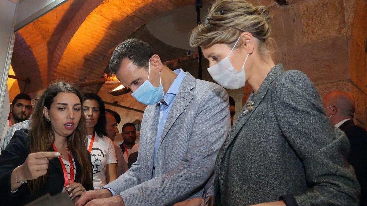 Syrský prezident Asad s manželkou mají koronavirus