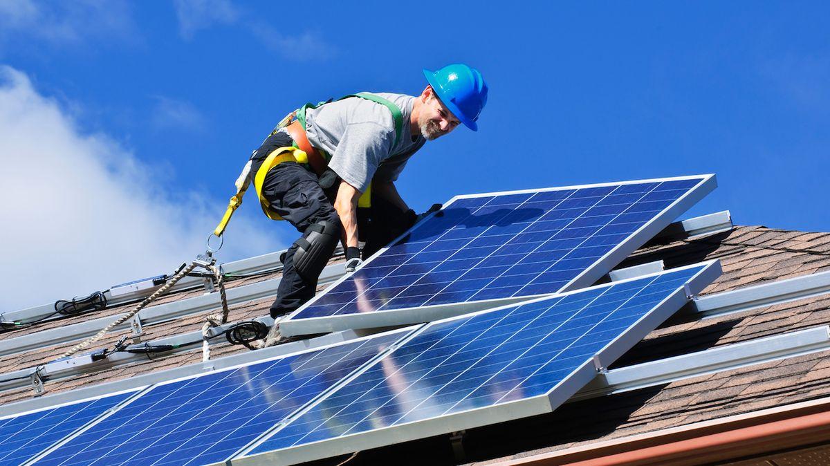 Solární panely jsou voblibě, začněte si také vyrábět elektřinu ze slunce