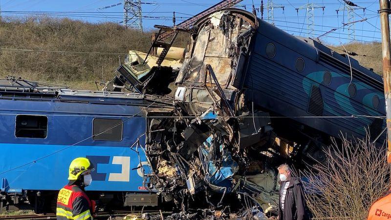 U obce Světec na Teplicku se srazily dva nákladní vlaky, jeden mrtvý