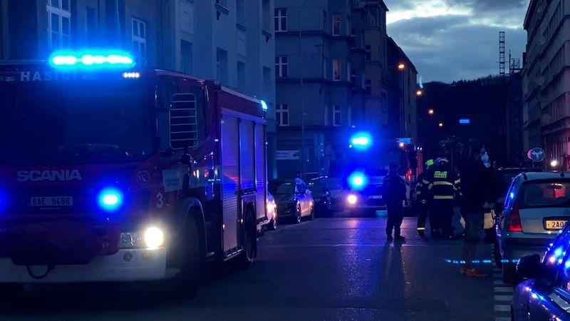 V bytovém domě v Praze se zřítila část zdi