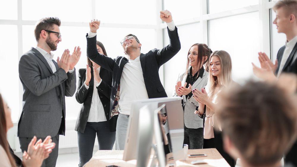 Šéf svým zaměstnancům dopřává benefit, o kterém si většina lidí může nechat zdát