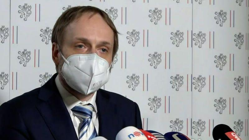 Ultimátum Rusku: Umožněte hned návrat českých diplomatů, jinak vám paralyzujeme ambasádu v Praze