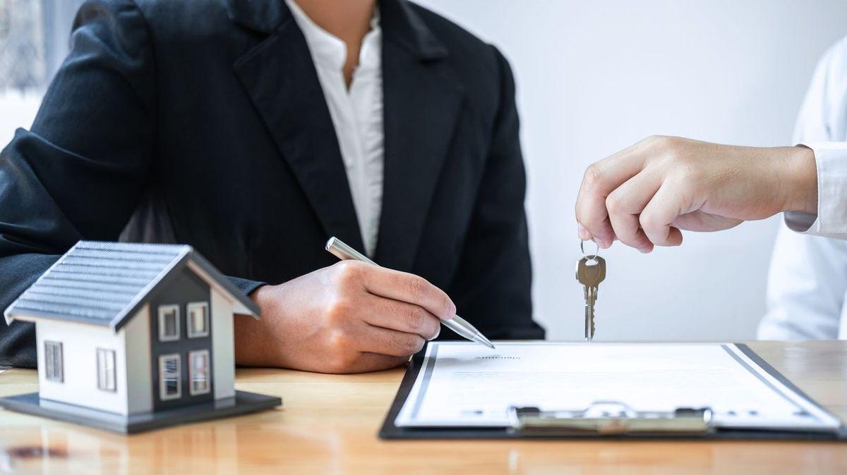 Průzkum: Při koupi nemovitosti Češi řeší hlavně vlastnická rizika a exekuce