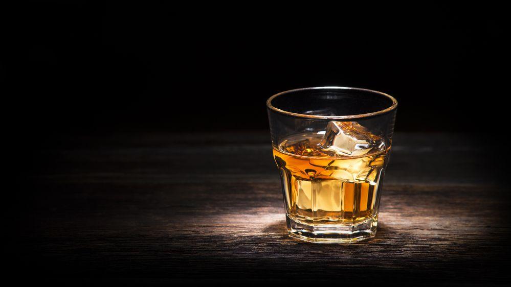 Nejstarší známá láhev whiskey je na prodej, pamatuje válku za nezávislost
