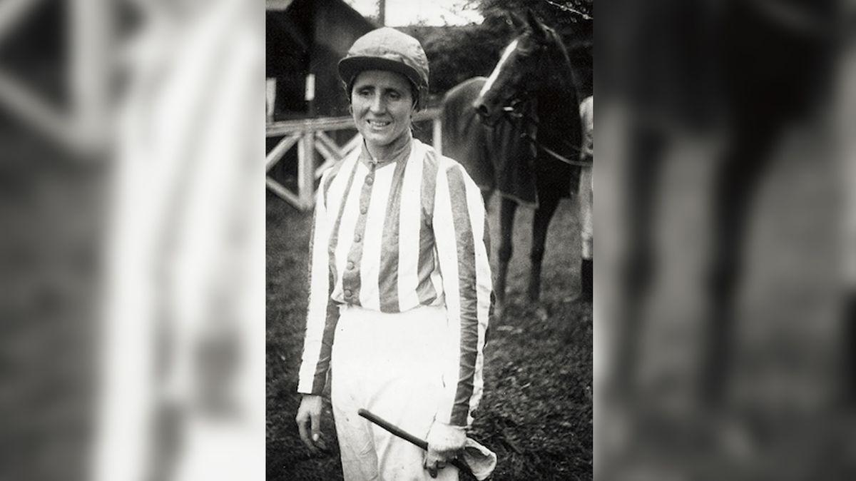 Lata Brandisová: první a jediná vítězka Velké pardubické