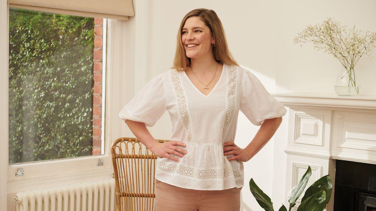 Jak do svého šatníku jednoduše zařadit bílou barvu