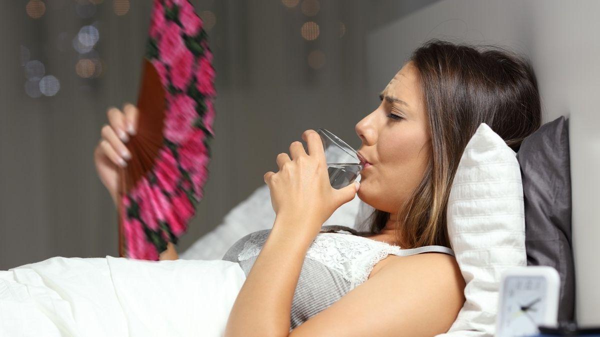 Jak se během veder dobře vyspat