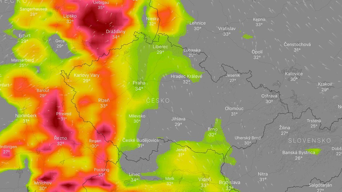 Česko zasáhnou silné bouřky s krupobitím a přívalovým deštěm, varovali meteorologové