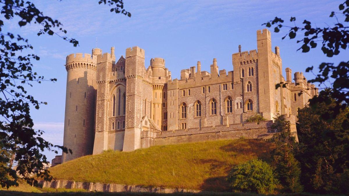 V Británii vykradli hrad, sebrali šperky popravené skotské královny