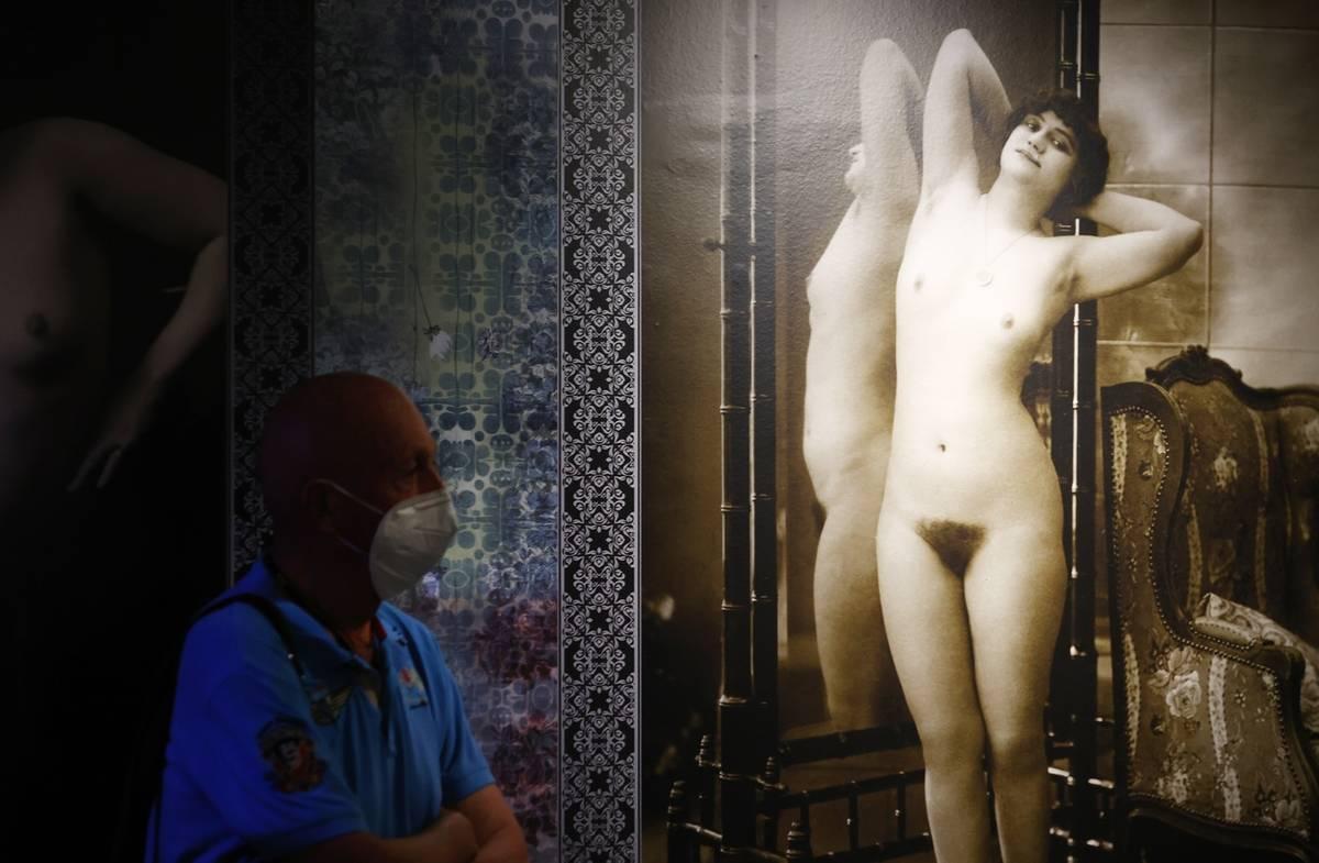 Výstava zavede návštěvníky do veřejných domů první republiky...