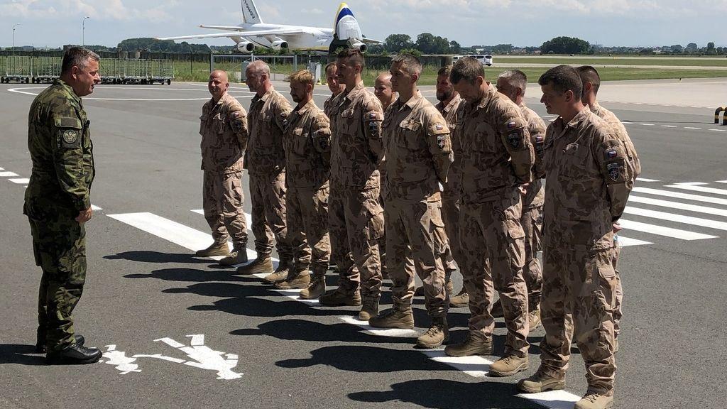 Poslední čeští vojáci se vrátili z mise v Afghánistánu