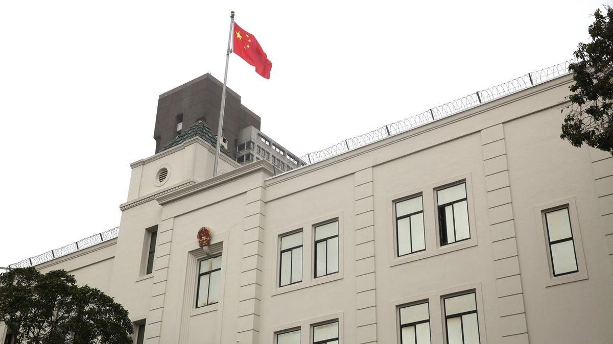 Úřady v USA již nechtějí stíhat čínskou vědkyni s údajnými vazbami na armádu