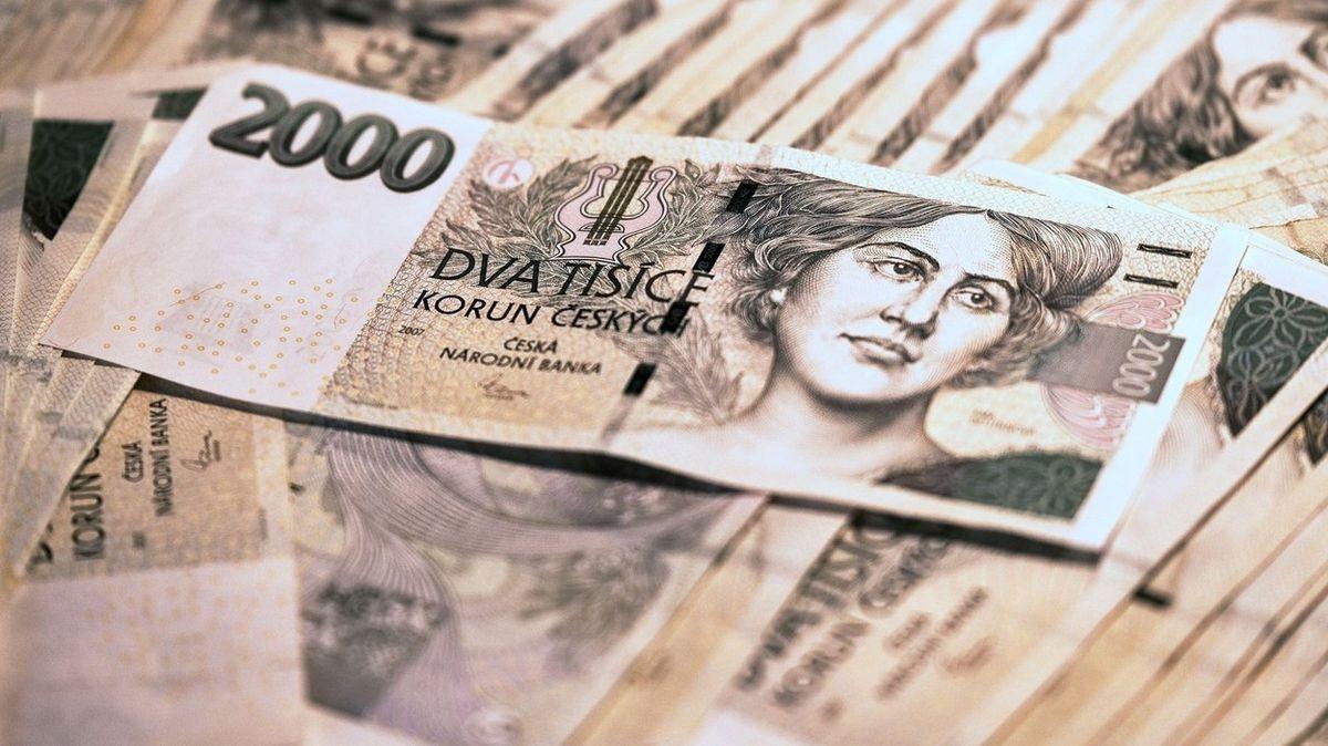 Žena si chtěla přivydělat, podvodník ji připravil o 400 tisíc