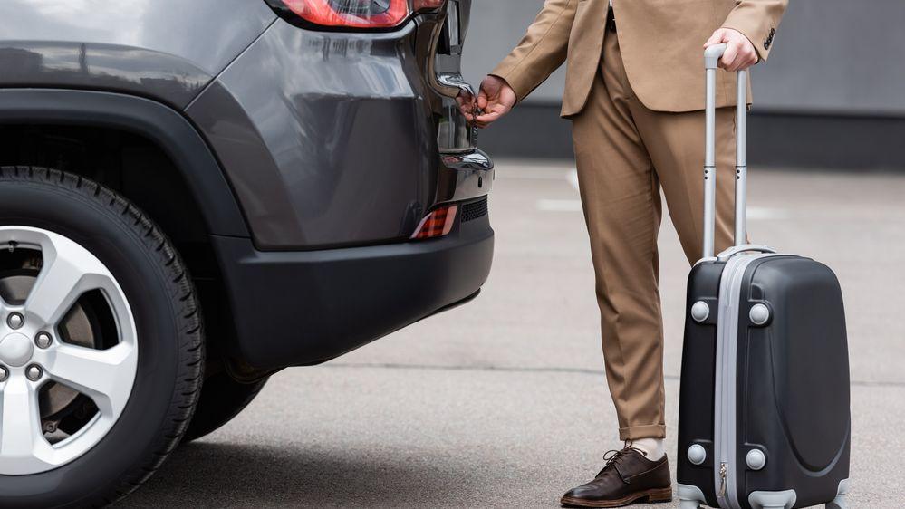 Finanční poradna: Při odvolání z dovolené máte nárok na kompenzace