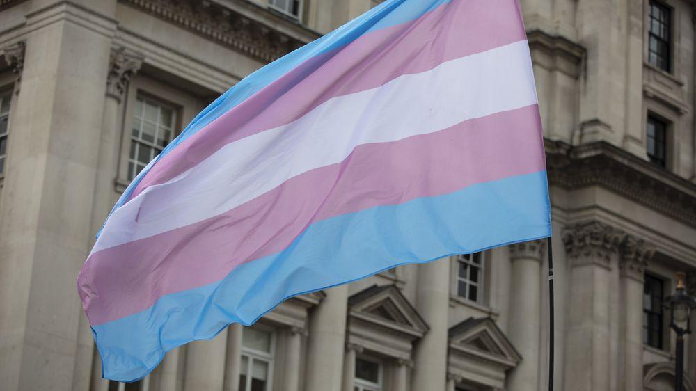Soud zablokoval zákaz, jenž v Arkansasu znemožní změny pohlaví nezletilým