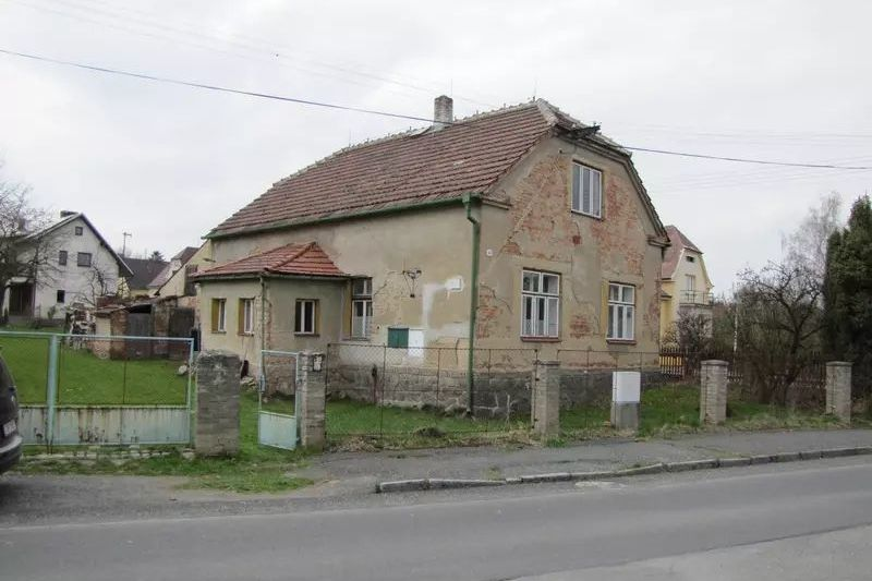 Je lepší dům pana Michala rekonstruovat nebo zbourat?