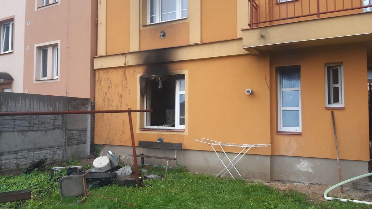 V Čáslavi vzplál od porouchaného počítače byt, škoda činí 1,5 milionu