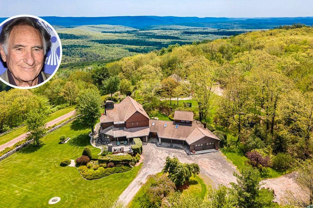 Americký herec prodává ranč na vršku hory.