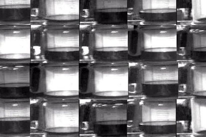 Stav kávovaru zachycený první webkamerou.