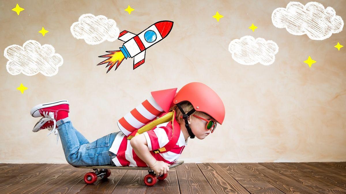 Občasná nuda dětem prospívá, důležitý je přístup rodičů