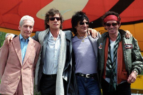 Kapela Rolling Stones na snímku z roku 2002. Zleva Charlie Watts, Mick Jagger, Ronnie Wood a Keith Richards
