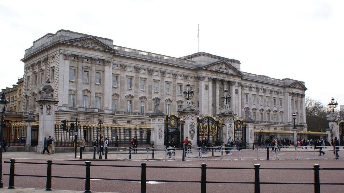 Příliš mnoho zámků. Princ Charles plánuje škrty v královském majetku