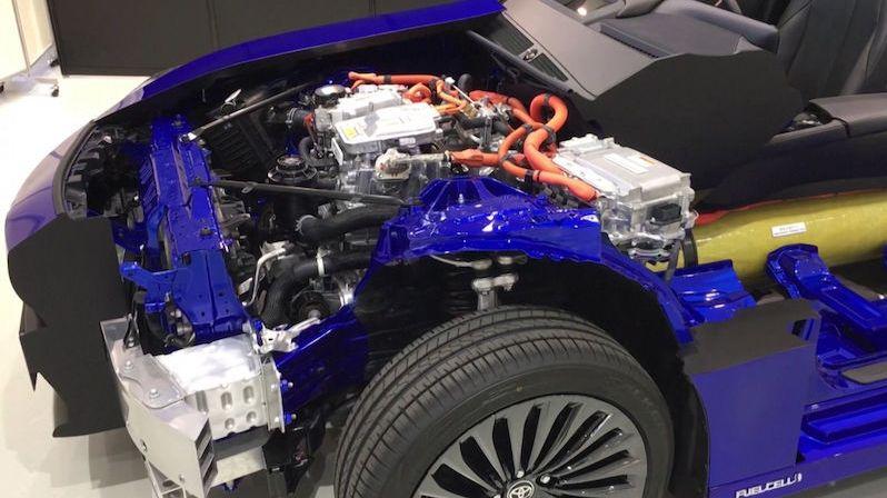Vodíková Toyota Mirai druhé generace se představila do detailu