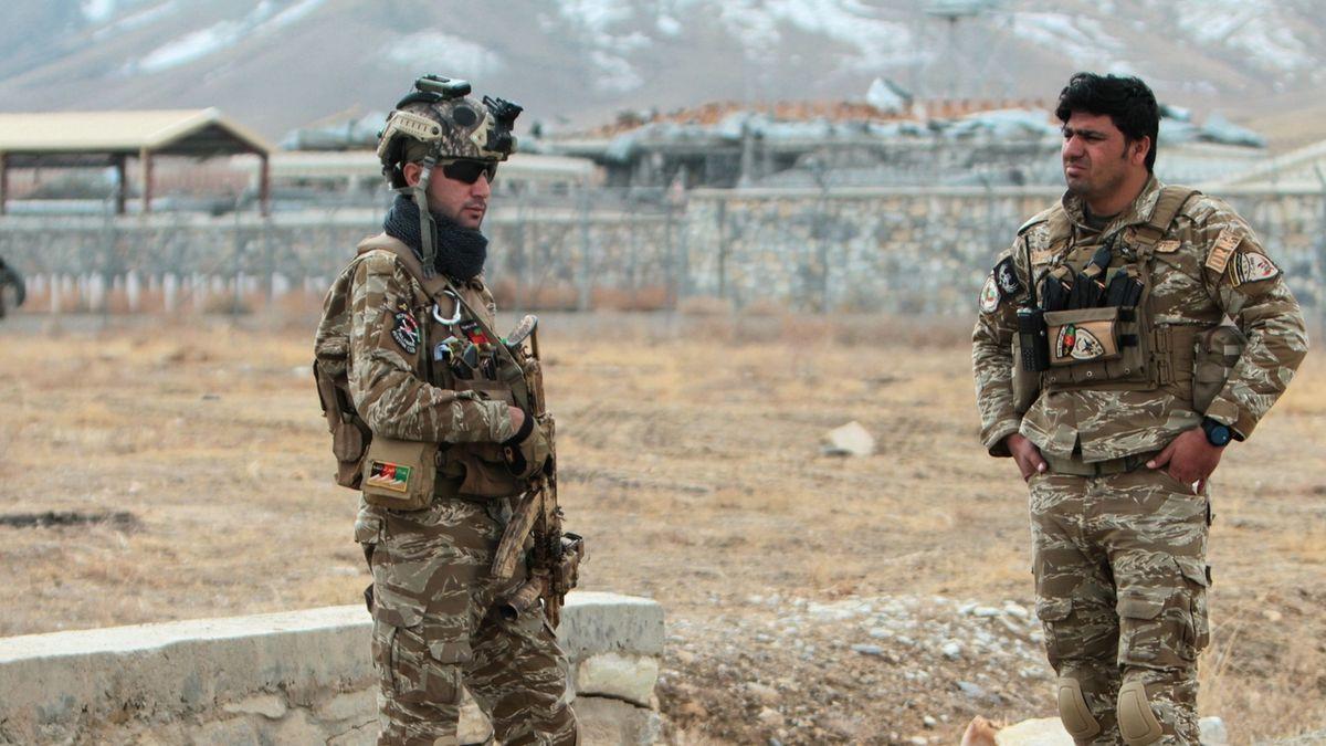 V Afghánistánu vyhlásili na měsíc noční zákaz vycházení kvůli postupu Tálibánu