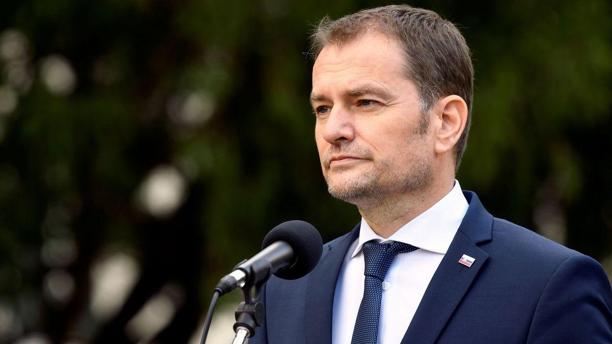 Slovensko uzavře lyžařská střediska a zavádí přísný lockdown