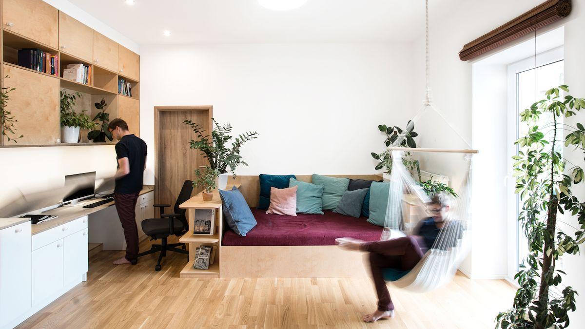 Malometrážní byt architektka zařídila tak, aby v něm majitelé mohli odpočívat i pracovat