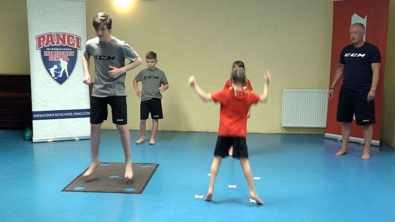 Jak rozhýbat děti i rodiče? Inspirace na zábavné cvičení na doma i zahradu