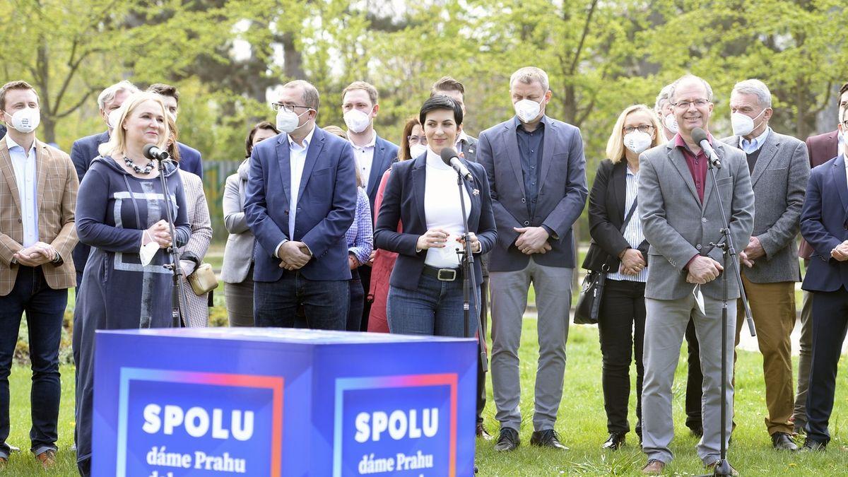 Trojkoalice láká voliče i na exministry